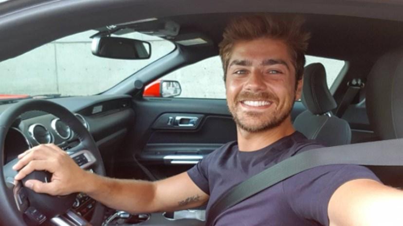 Lourenço Ortigão a caminho do segundo dia de aulas em Hollywood.