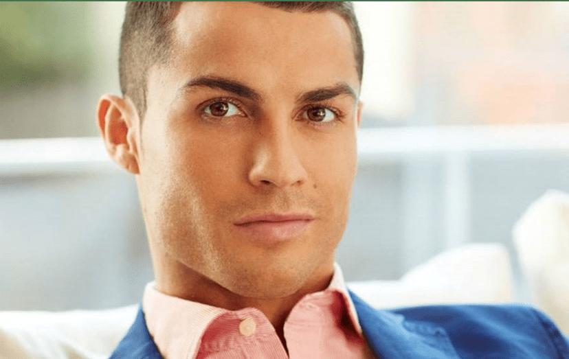 """Cristiano Ronaldo nasceu pobre e tornou-se o melhor jogador do mundo. """"Tudo é possível"""", afiança o seu agente, Jorge Mendes, também no documentário agora exibido."""