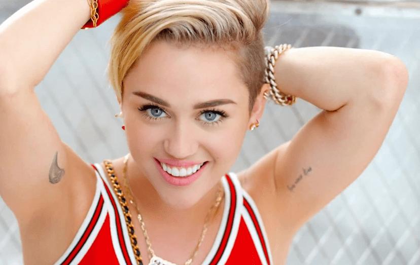 Miley Cyrus revela porque parou de fumar maconha