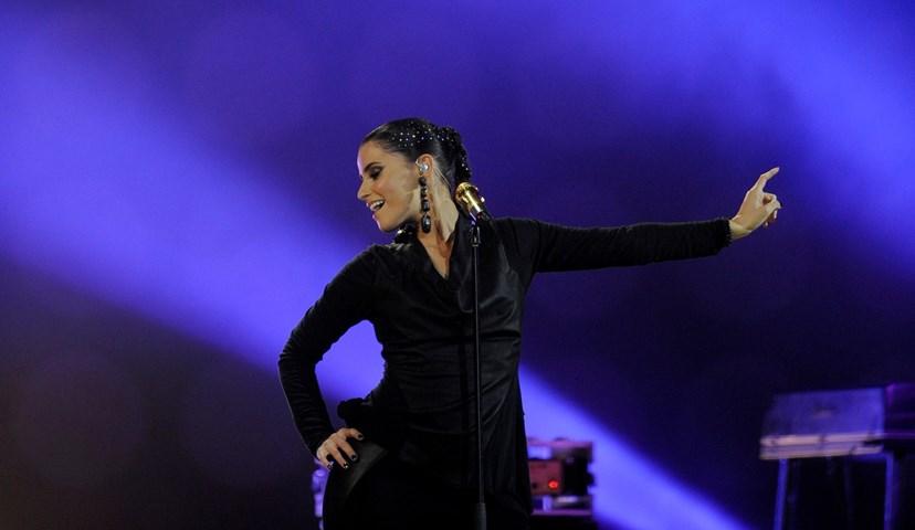 Nelly Furtado recupera após período difícil