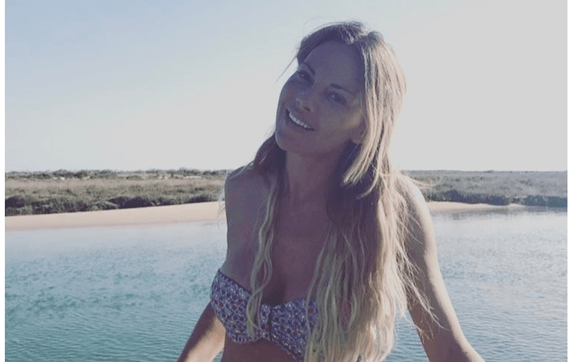 Oceana Basílio em biquíni