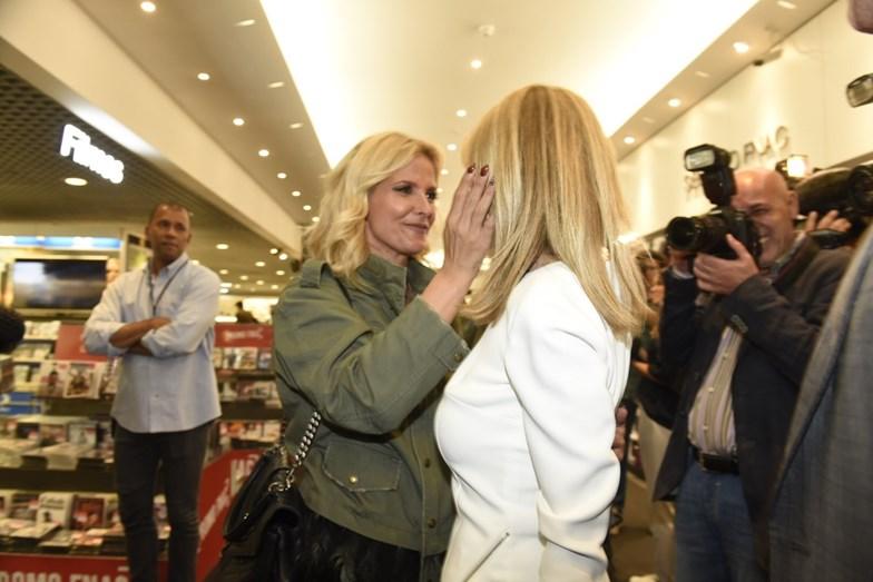 Judite Sousa recebe o carinho de Cristina Ferreira