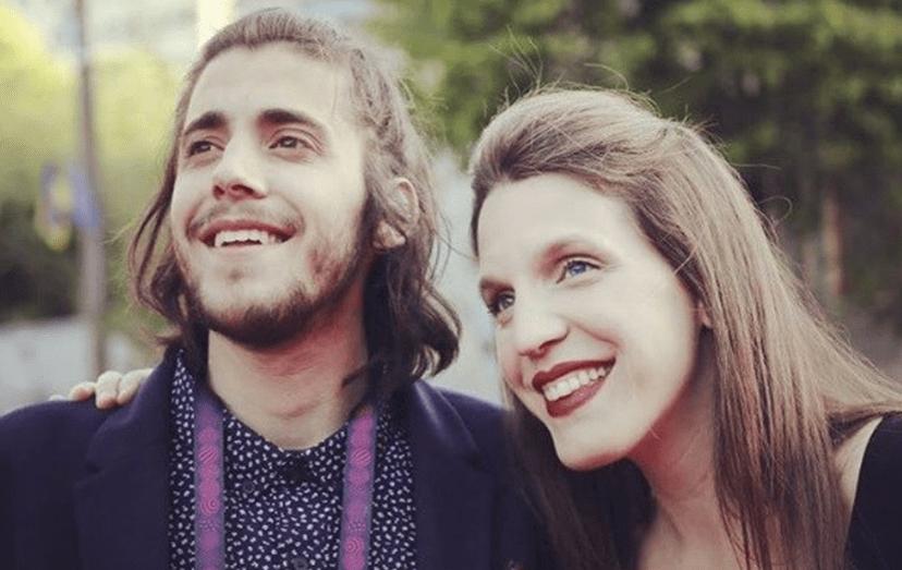 Salvador Sobral passou à final do Festival da Eurovisão com uma canção escrita pela irmã, Luísa Sobral