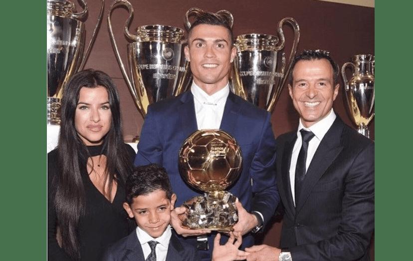 Cristiano Ronaldo e Cristianinho com Marisa e Jorge Mendes