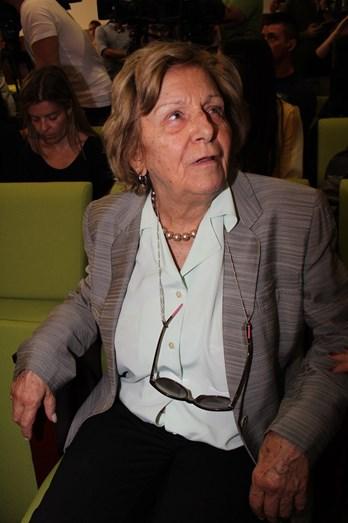A avó de Salvador Sobral assistiu à conferência de imprensa assim que o neto aterrou em Portugal.