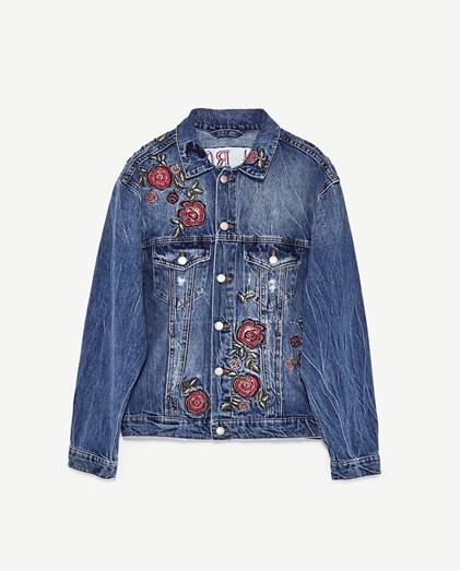 Blusão bordado Zara, €59,90