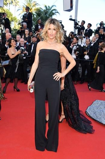 Alice Taglioni escolheu um jumpsuit preto