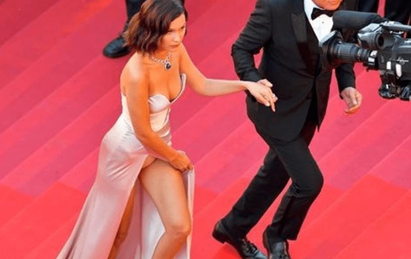 Bella Hadid voltou a mostrar as cuecas no Festival de Cannes
