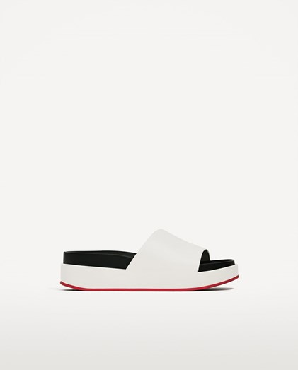 Sandálias Zara, €39,95