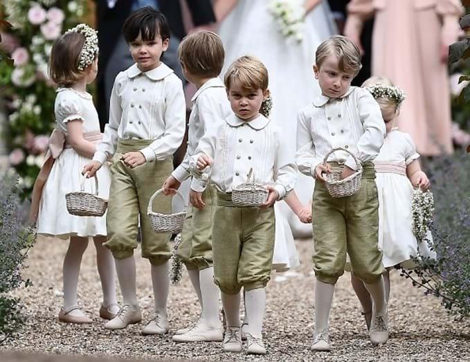 George e os restantes meninos das alianças