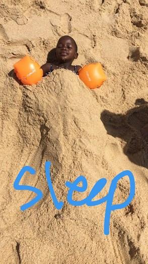 Estere e Stella divertiram-se na Praia do Pego, na Comporta