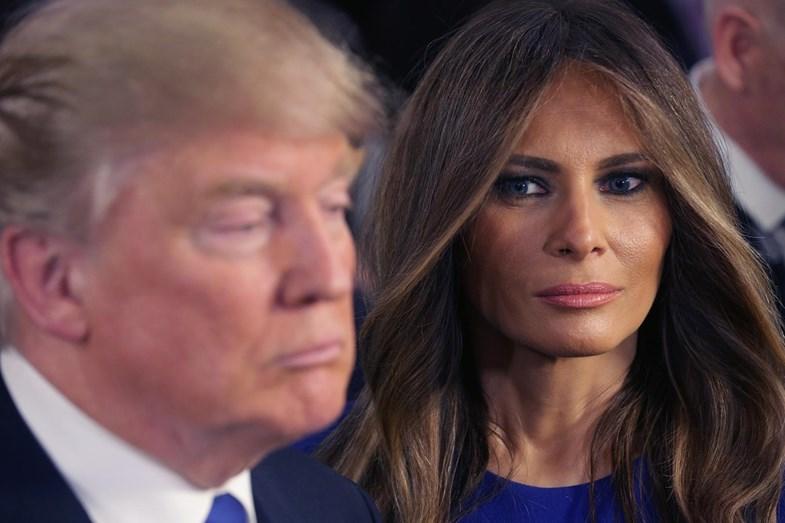 """O casamento do presidente americano e da modelo eslovena é considerado """"de fachada""""."""