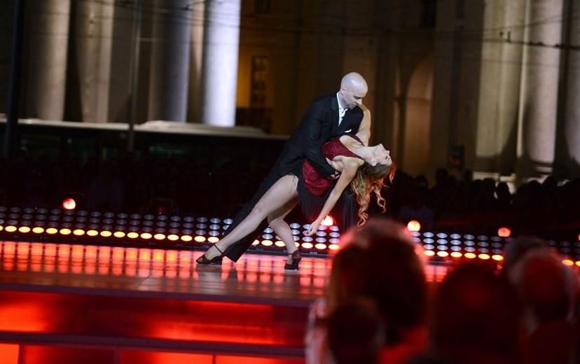 A apresentadora arrasou neste tango argentino