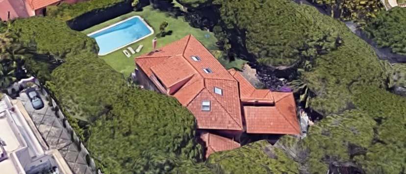 Vista aérea da antiga casa de Alexandra Lencastre