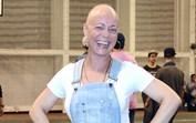Carla Andrino a recuperar bem do cancro passa o verão a trabalhar