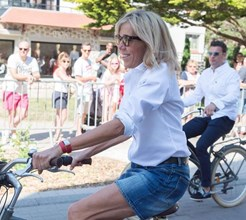 Brigitte Macron e as polémicas mini-saias