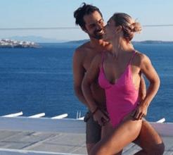 Ana Rita Clara exibe corpo sensual em férias românticas