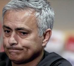 Saiba tudo o que José Mourinho fez para salvar o pai
