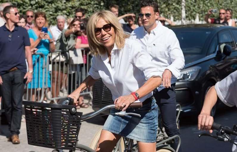 """O """"equipamento"""" de Brigitte Macron"""