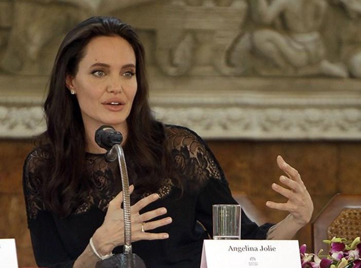Angelina Jolie no Cambodja