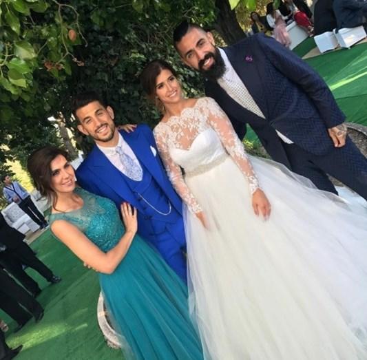 Os recém-casados com o alfaite Paulo Battista e a mulher