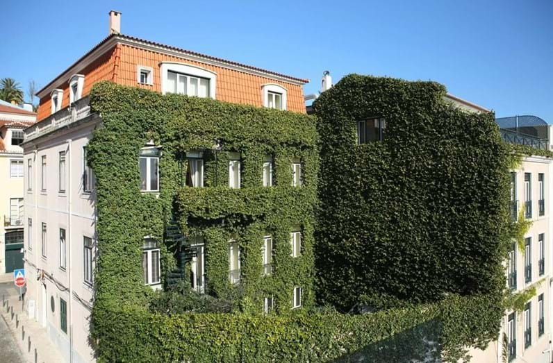 Exterior do hotel As Janelas Verdes