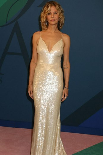 Meg Ryan reapareceu com um vestido Christian Siriano