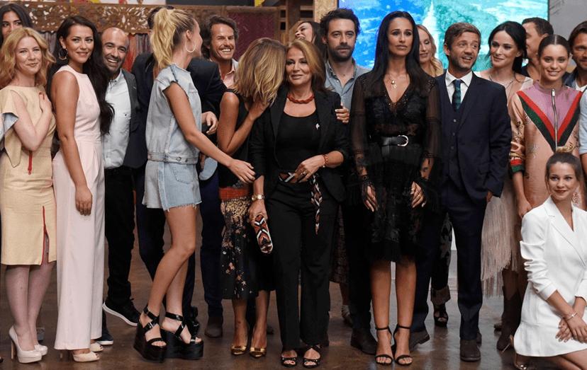 A foto que reuniu uma boa parte do elenco de 'A Herdeira', após a qual Alexandra Lencastre se retirou do evento, não prestando declarações à imprensa.