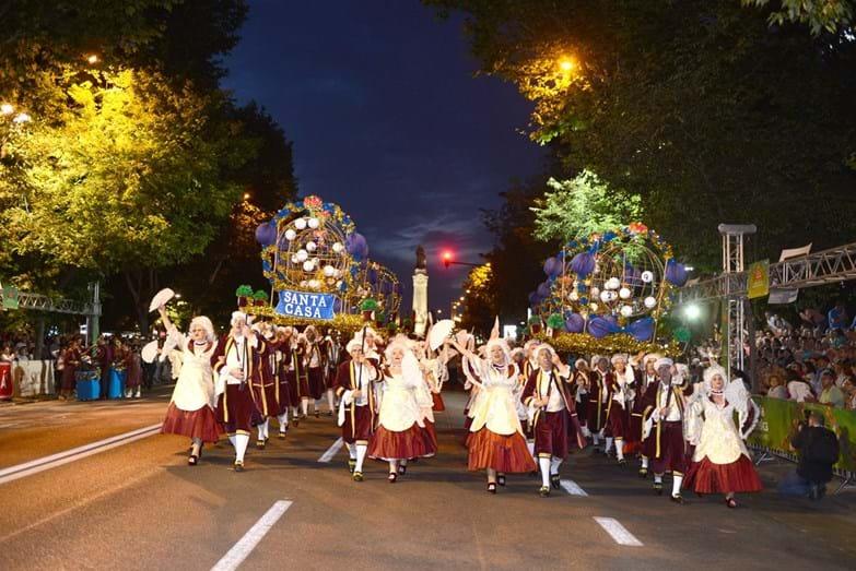 A Marcha da Santa Casa da Misericórdia desfilou pela primeira vez na Avenida da Liberdade