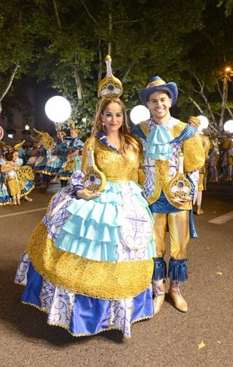 Vanessa Silva e FF desfilaram, orgulhosos, pela Mouraria