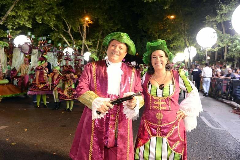 Foi a primeira vez que Herman José e Maria Rueff desceram a avenida como padrinhos de uma marcha