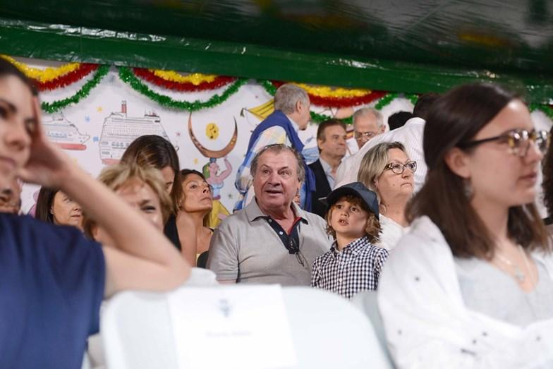 Carlos Lopes, ex-atleta olímpico, também assistiu ao desfile das marchas