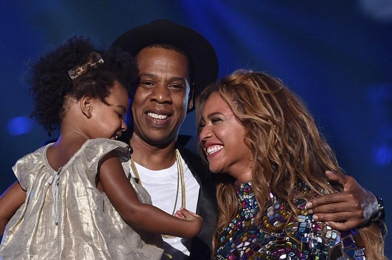 Bebés de Beyoncé estão internados