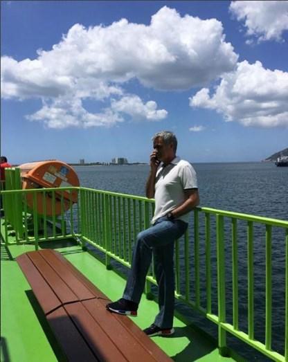 Mourinho no Ferry que faz a ligação de Setúbal para Tróia