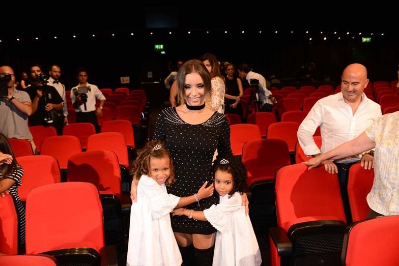 Luciana com as filhas