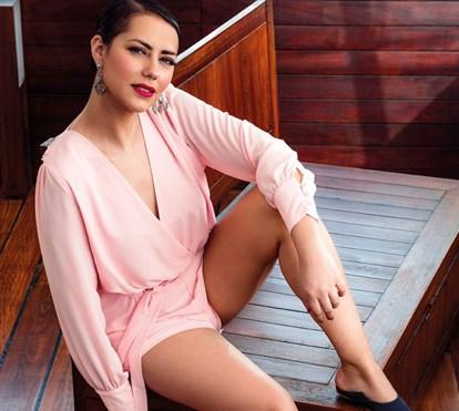 Depois de ser chamada de gorda, Sofia Ribeiro despe-se para mostrar o corpo