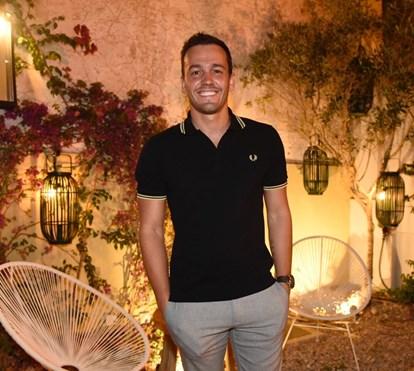 Pedro Teixeira segue as pisadas de namorado de Cláudia Vieira e abre restaurante no Algarve