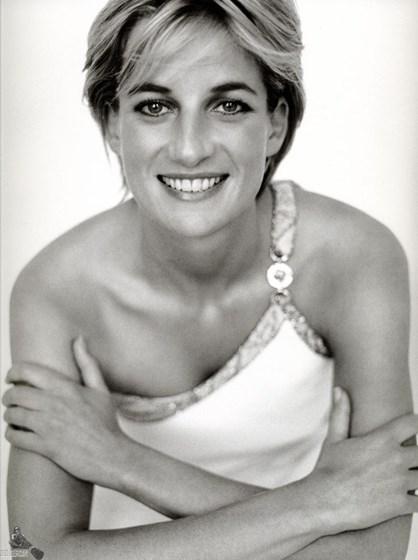 Princesa Diana fotografada por Mario Testino em 1997