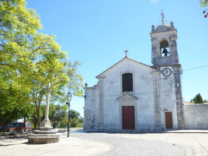 A igreja da Charneca do Lumiar