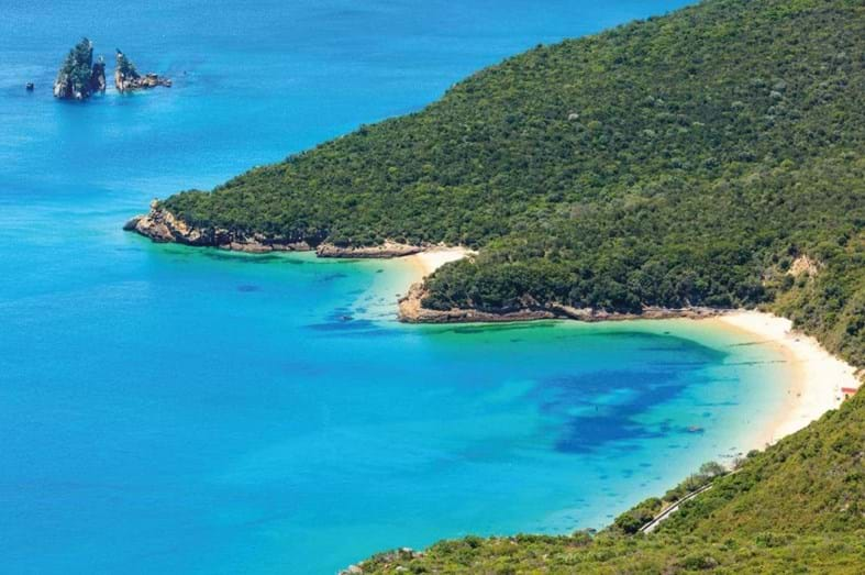 Praia dos Galapinhos, Setúbal - Ficou em primeiro lugar no ranking do portal European Best Destinations como sendo a melhor praia da Europa