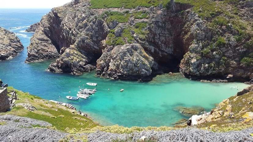 Berlengas, Peniche - Foi eleita pelo portal European Best Destinations como sendo uma das melhores praias da Europa