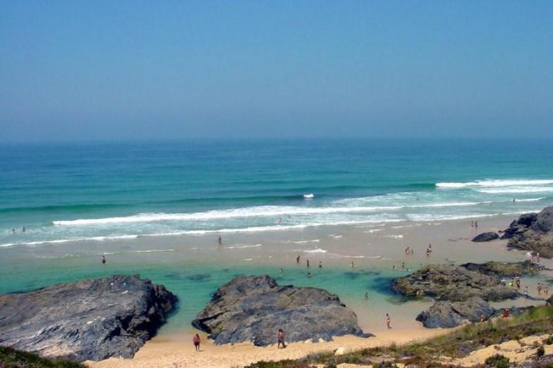 Praia do Malhão, Vila Nova de Milfontes - Esta é uma praia sem poluição, analisada pela ZERO – Associação Sistema Terrestre Sustentável