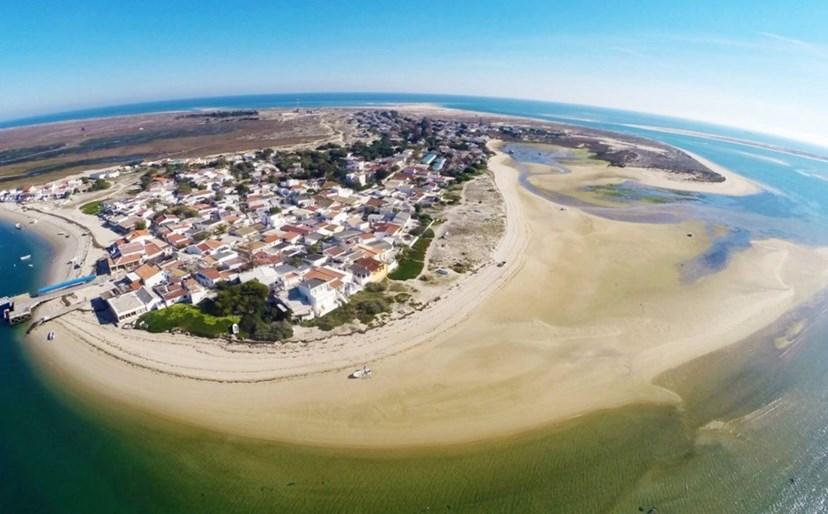 Ilha da Armona, Olhão - Esta é uma praia sem poluição, analisada pela ZERO – Associação Sistema Terrestre Sustentável