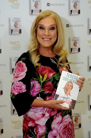 Teresa Guilherme no lançamento do livro Cheguei onde Me Esperavam