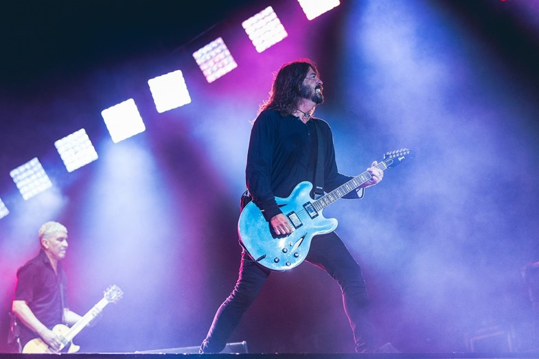 Dave Grohl, vocalista dos Foo Fighters, em concerto no NOS Alive