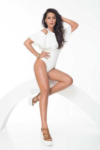 Sofia Ribeiro mostra que está em forma