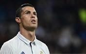 No dia que deixa de estar de castigo, Cristiano Ronaldo emociona-se com a tragédia do México