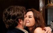 Beijos carinhos entre António Cerdeira e Sofia Aparício em evento em Lisboa