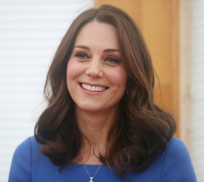 Kate Middleton corta cabelo por causa de cancro