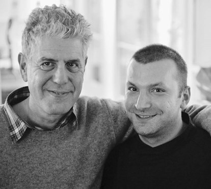 "Ljubomir Stanisic chora a morte de Anthony Bourdain: ""Era um rebelde com causa"""